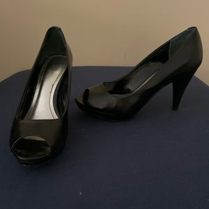 Peep toe heels - excellent used condition